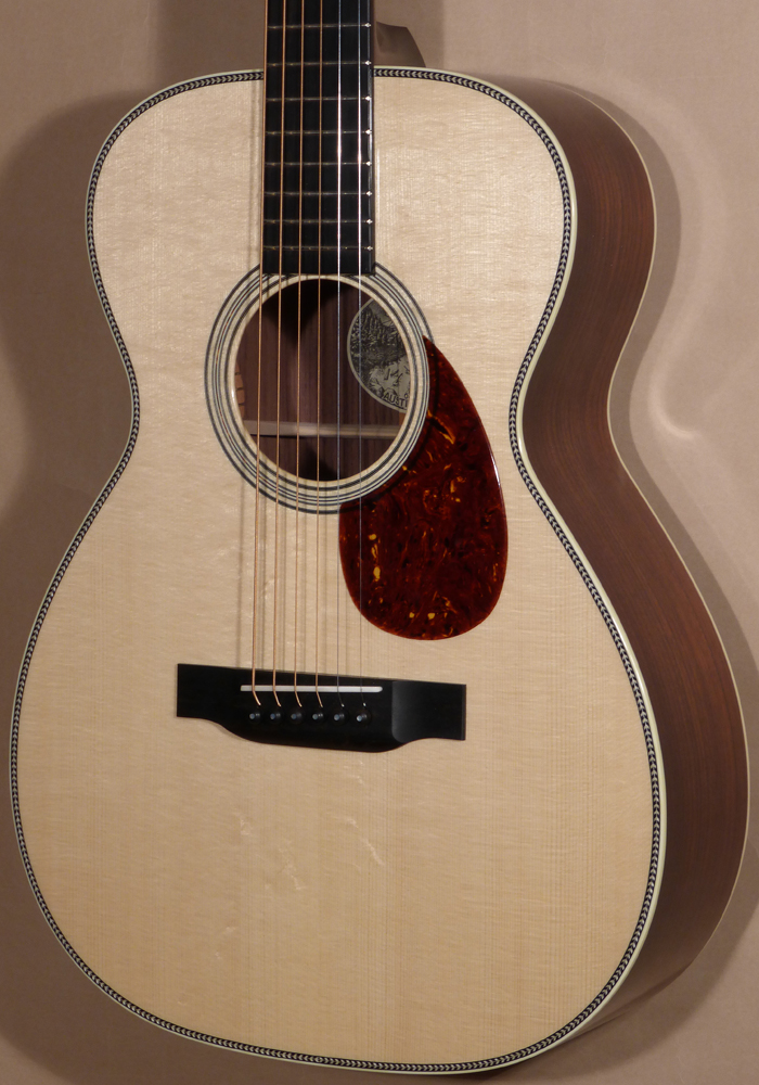 New Collings 0-2HG Guitar Product