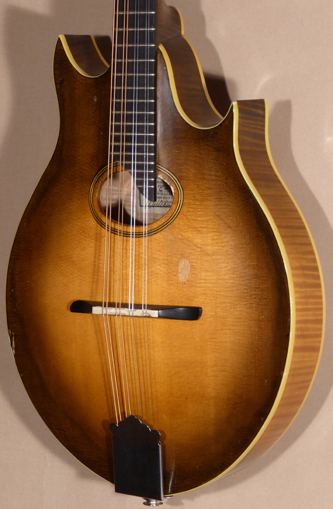 Old Wave C# Two-Point Oval Hole Mandolin Product