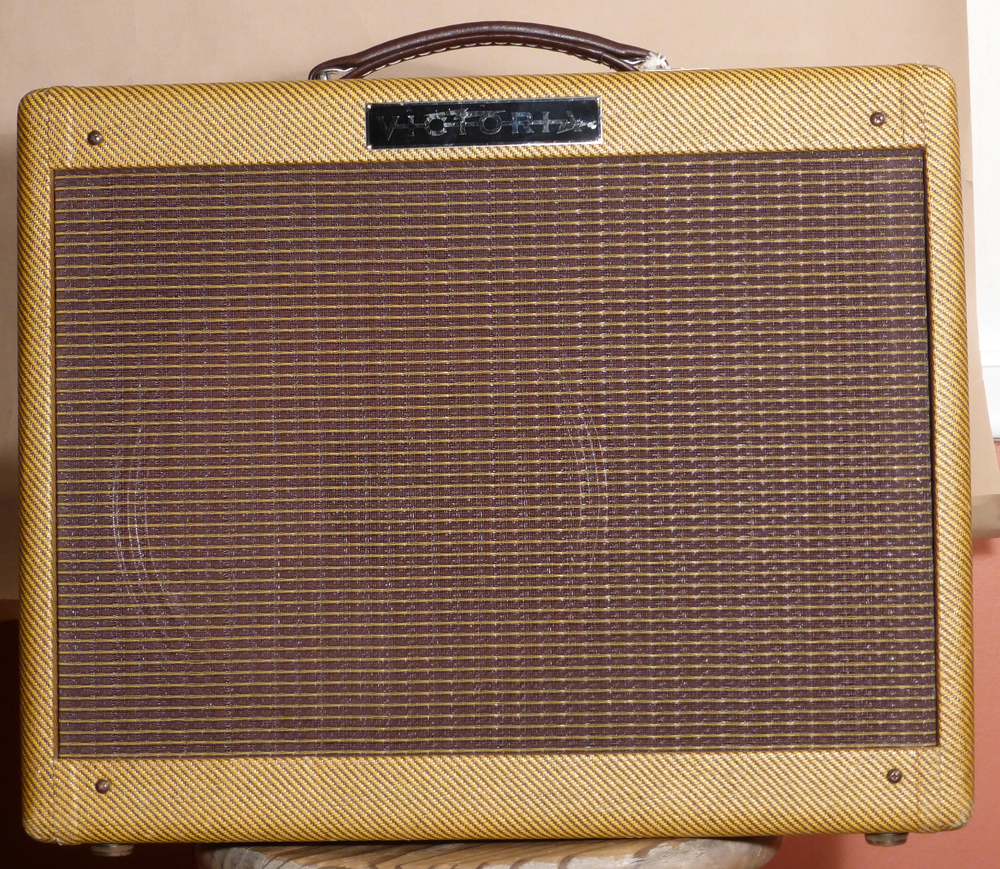 Victoria 5112 Amplifier Product