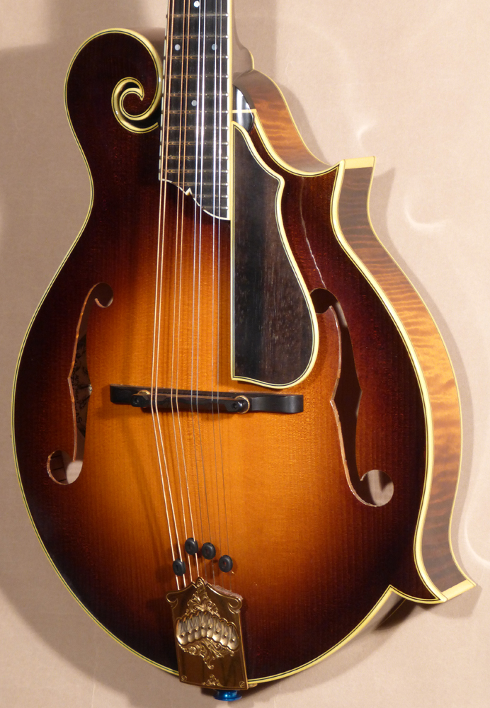Collings MF5 DeLuxe Varnish Mandolin Product