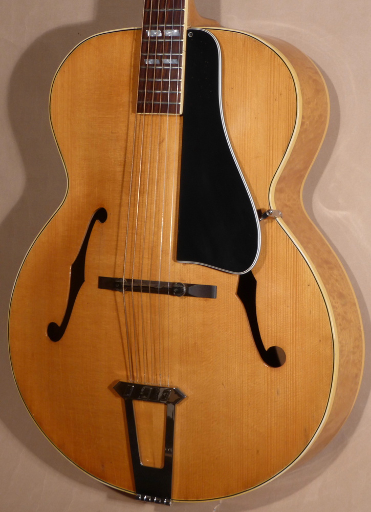 1941 Gibson L-7 Guitar Product