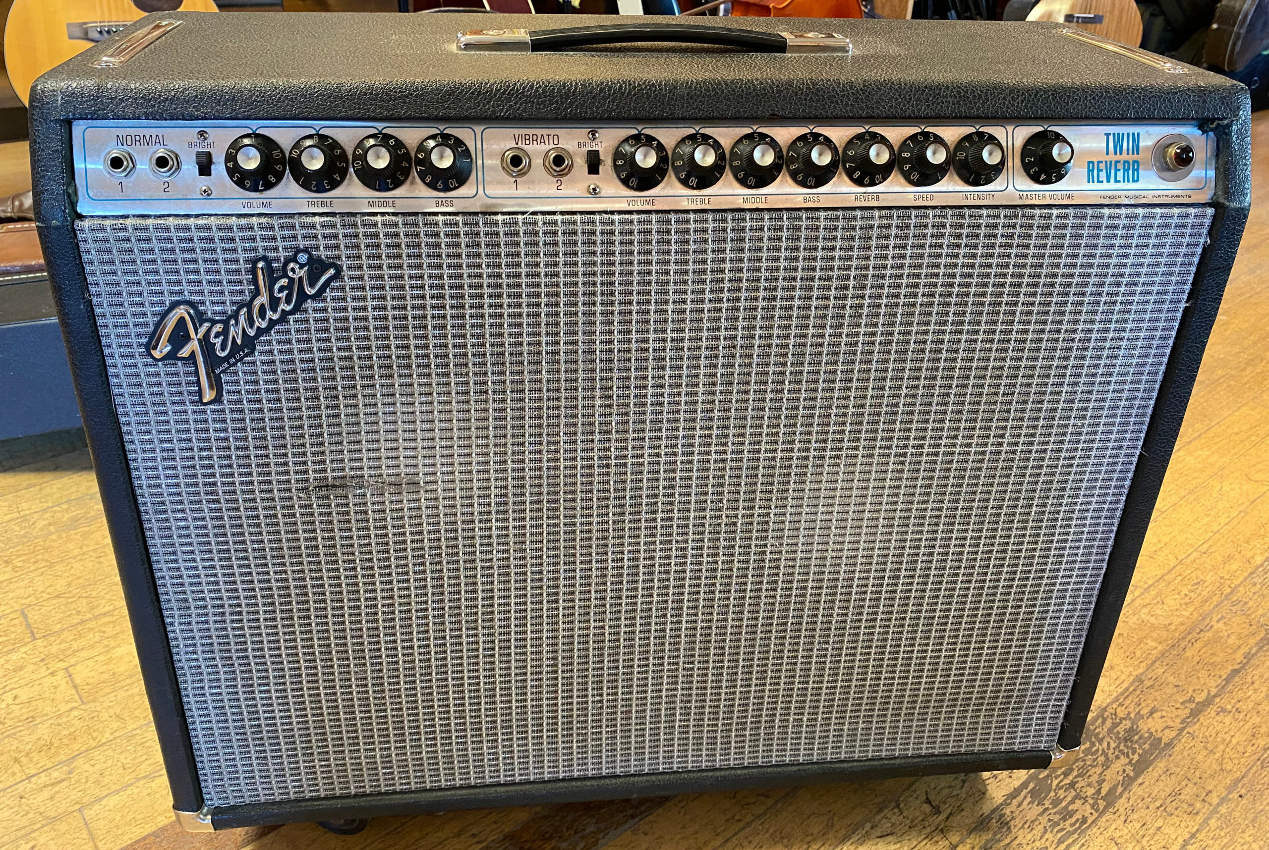 1972 Fender Twin Reverb 2 X 12 Amp Product